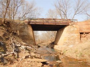 BR #132 over Marchesoni Creek - before)