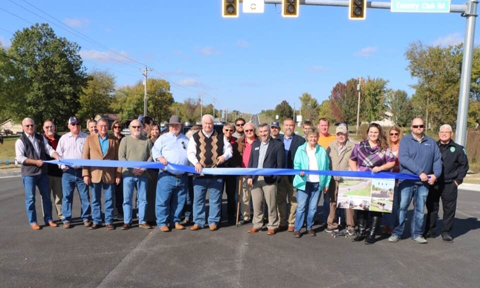 Southaven Rd ribbon cutting